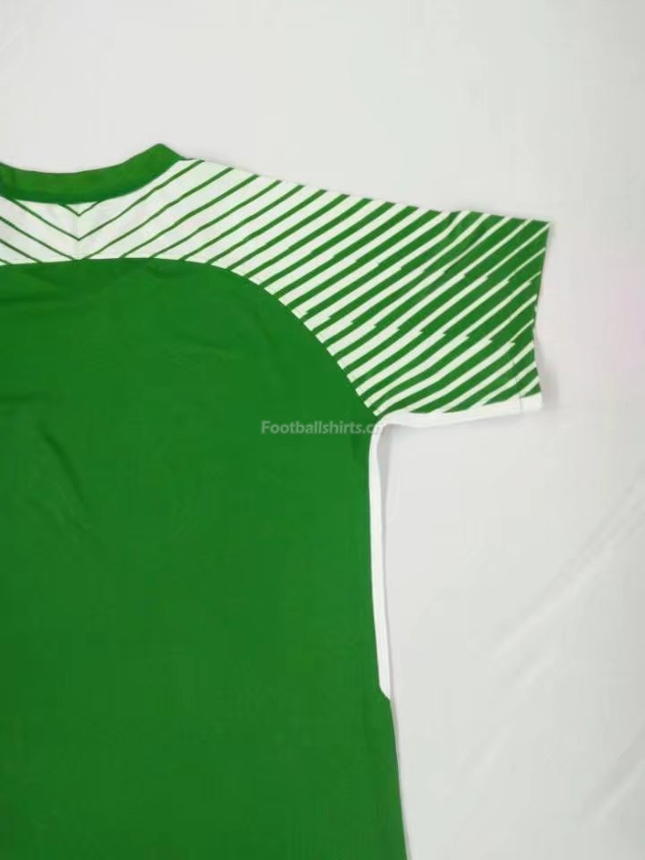 Manchester City Green Goalkeeper Soccer Jersey 2017/18